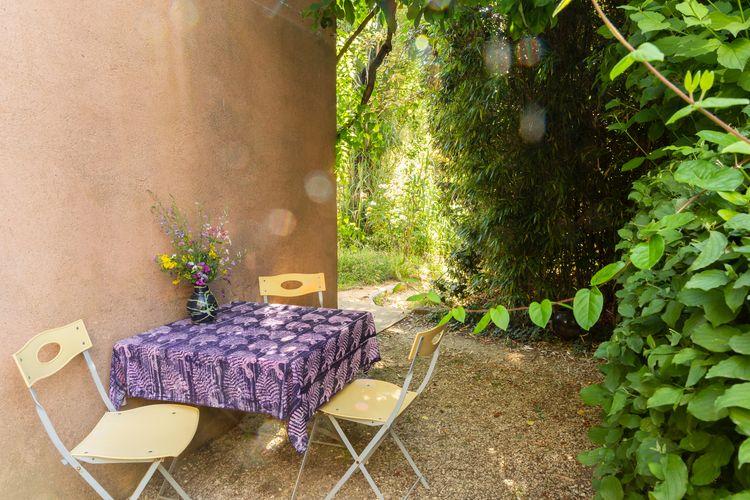 Chez Claire - Table extérieure-750