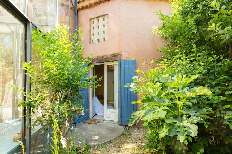 Chez Claire - Vue extérieure Sud-750